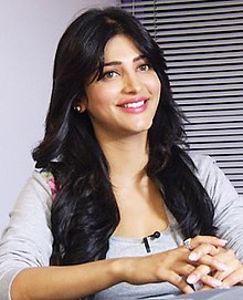 ShrutiHaasanTeachAIDS Interview2 (cropped).jpg