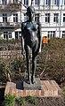 Skulptur Helmholtzplatz (Prenz) Stehendes Mädchen&Karin Gralki&2001.jpg