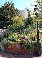 Smithsonian Gardens in October (22747354165).jpg