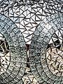 Social globe of mozaiek bol, kunst in het Amstelpark pic5.jpg