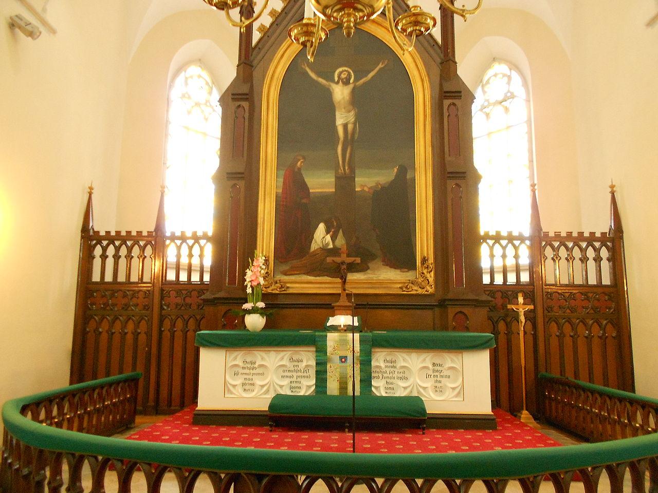 St-John-Tallinn-altar.jpg