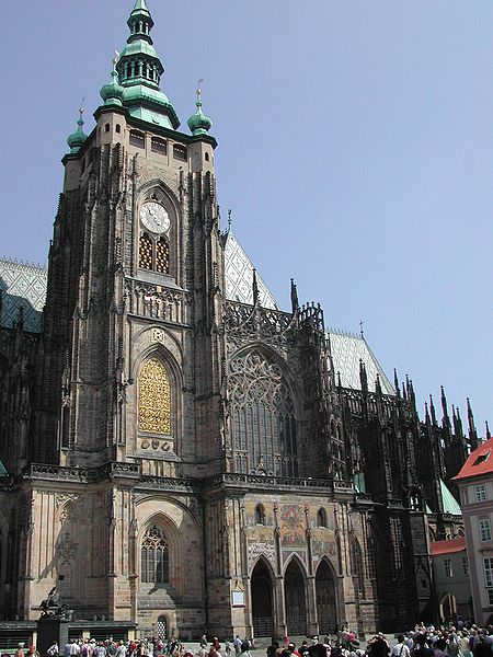 St Vitus Cathedral from south קתדרלת סנט ויטוס
