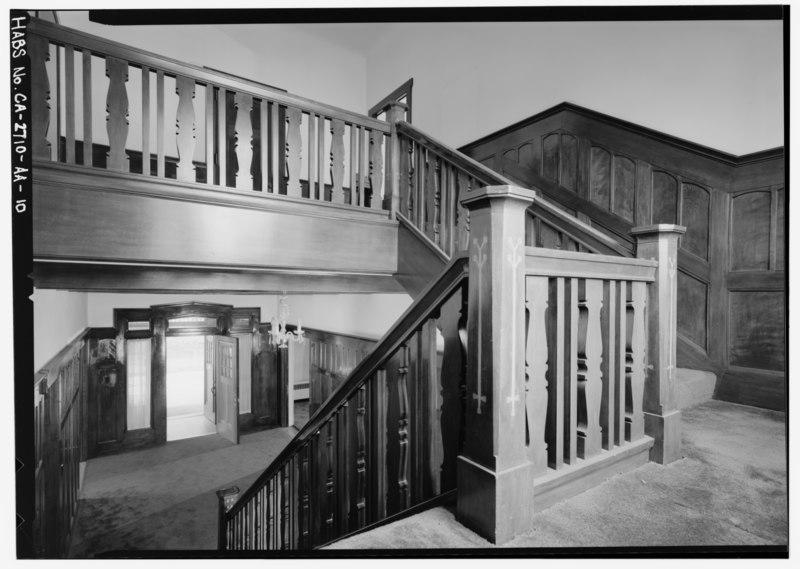 File:Staircase at landing, looking south toward entrance. - Agnews State Hospital, Superintendent's Residence, North Side of Palm Drive, Santa Clara, Santa Clara County, CA HABS CAL,43-SANCLA,6AA-10.tif