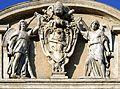 Statues on Fontana dell'Acqua Felice.jpg