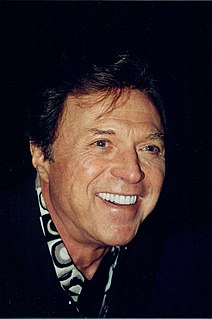 Steve Lawrence American singer and actor