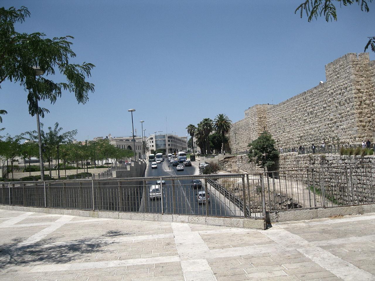 Streets of Jerusalem (12).JPG