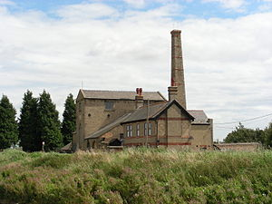 Stretham Old Engine - Stretham Old Engine, alongside the River Great Ouse