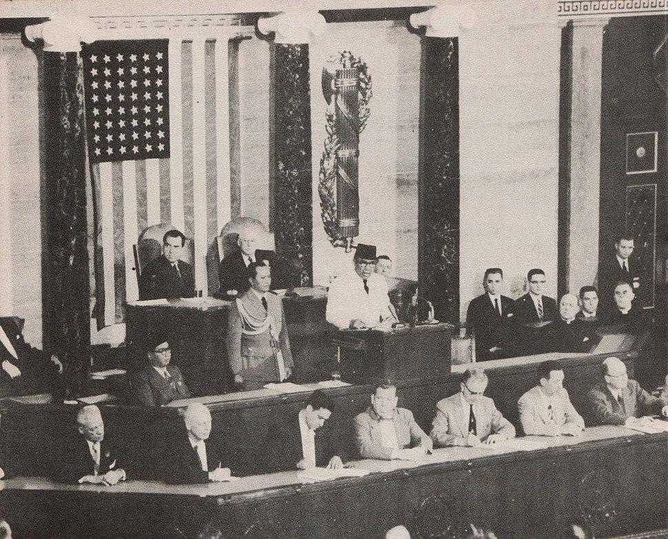 Sukarno speaking to US Congress, Presiden Soekarno di Amerika Serikat, p10