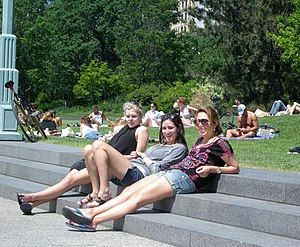 2010s in fashion - Women relaxing at a park in Manhattan, US, 2010