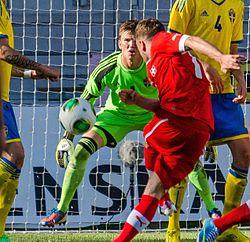 Målmanden August Strömberg i det svenske U21-landslagets 3-2 sejr mod Schweiz i en træningslandskamp på Myresjöhus Arena i Växjö, 6/6 2013.