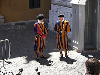 Swiss Guard near Basilica di San Pietro.jpg