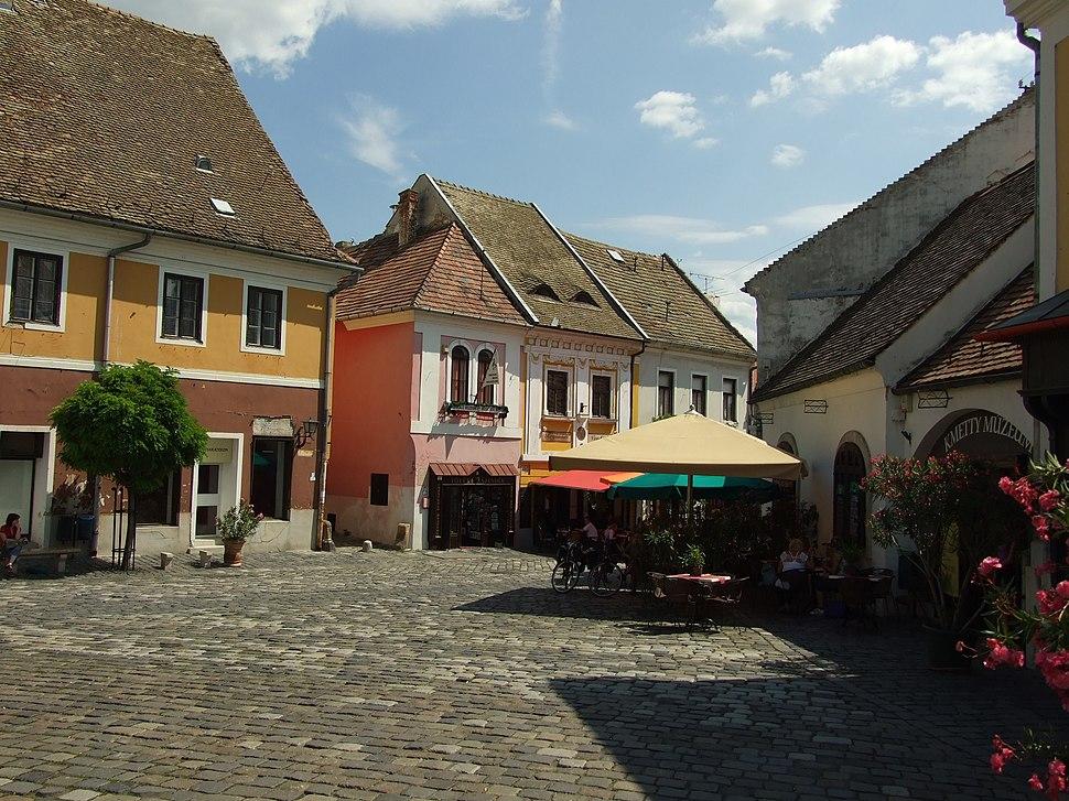 Szentendre, Fő tér, staré domy
