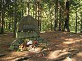Třeboň Holičky, pomník Emy Destinové u Nové řeky.jpg