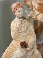Tanagra o corinto, figura di donna seduta, 325-150 ac ca. 02.JPG