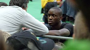 Teddy Tamgho - Tamgho in discussion with his coach at the 2009 Meeting Areva.
