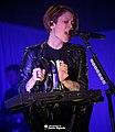Tegan & Sara 11-19-2014 -9 (15663553087).jpg