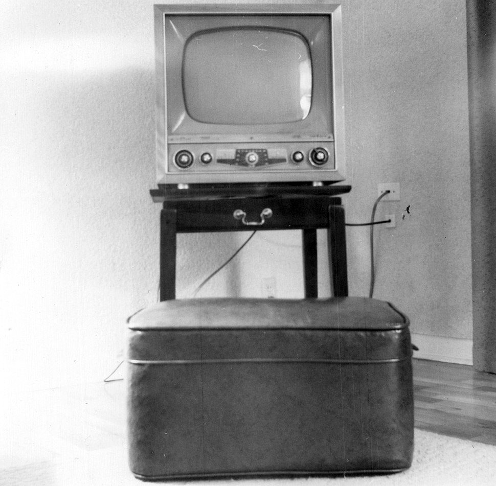 Television set from the early 1950s