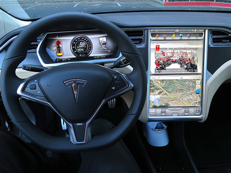Tesla Model S digital panels.jpg