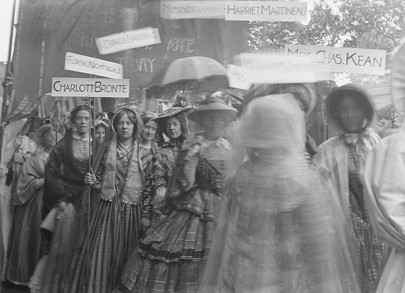 File:The Women's Coronation procession, June 1911.jpg