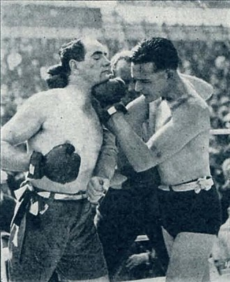 The World's Champion - Film still with Wallace Reid and boxer Kid McCoy