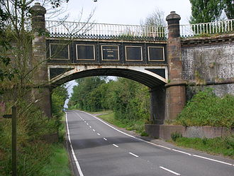 Shropshire Union Canal - Image: Thomas Telford aqueduct over A5