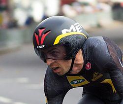 Dennis van Niekerk