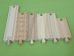 Wooden toy train - Wikipedia