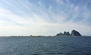 Die Inseln Husøya und Sanna in Træna