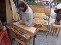 Trabajando la madera, Alcalá de Henares, Madrid, España, 2015.JPG