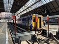 Trains in Glasgow Queen Street station 11.jpg