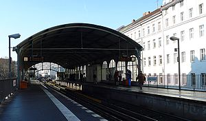 Görlitzer Bahnhof (Berlin U-Bahn) - Platform of the station