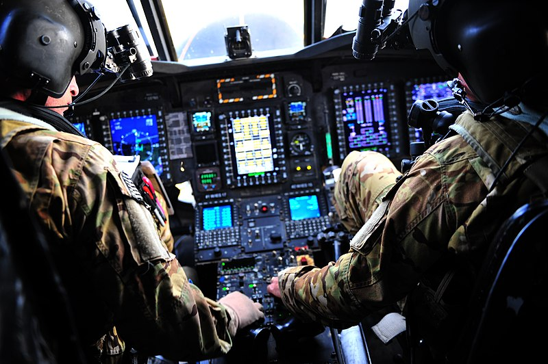 File:U.S. Army MH-47G Chinook helicopter pilots perform preflight operations during Emerald Warrior 2013 at Hurlburt Field, Fla., April 29, 2013 130429-F-MN146-197.jpg