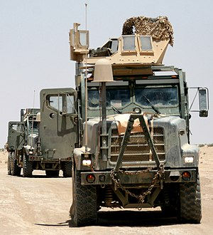 Medium Tactical Vehicle Replacement - Image: USMC 080801 M 1502P 04