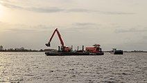 Uitbaggeren Langweerderwielen vanaf Motorvrachtschip Hector uit lelystad 12.jpg