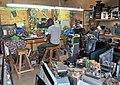 Un réparateur d'appareils électroménagers 07.jpg