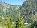Vénosc and Bourg d'Arud 38 seen since Muzelle lake way.jpg