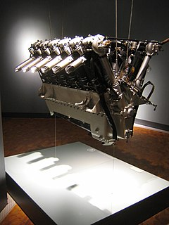 piston engine with 12 cylinders in vee configuration