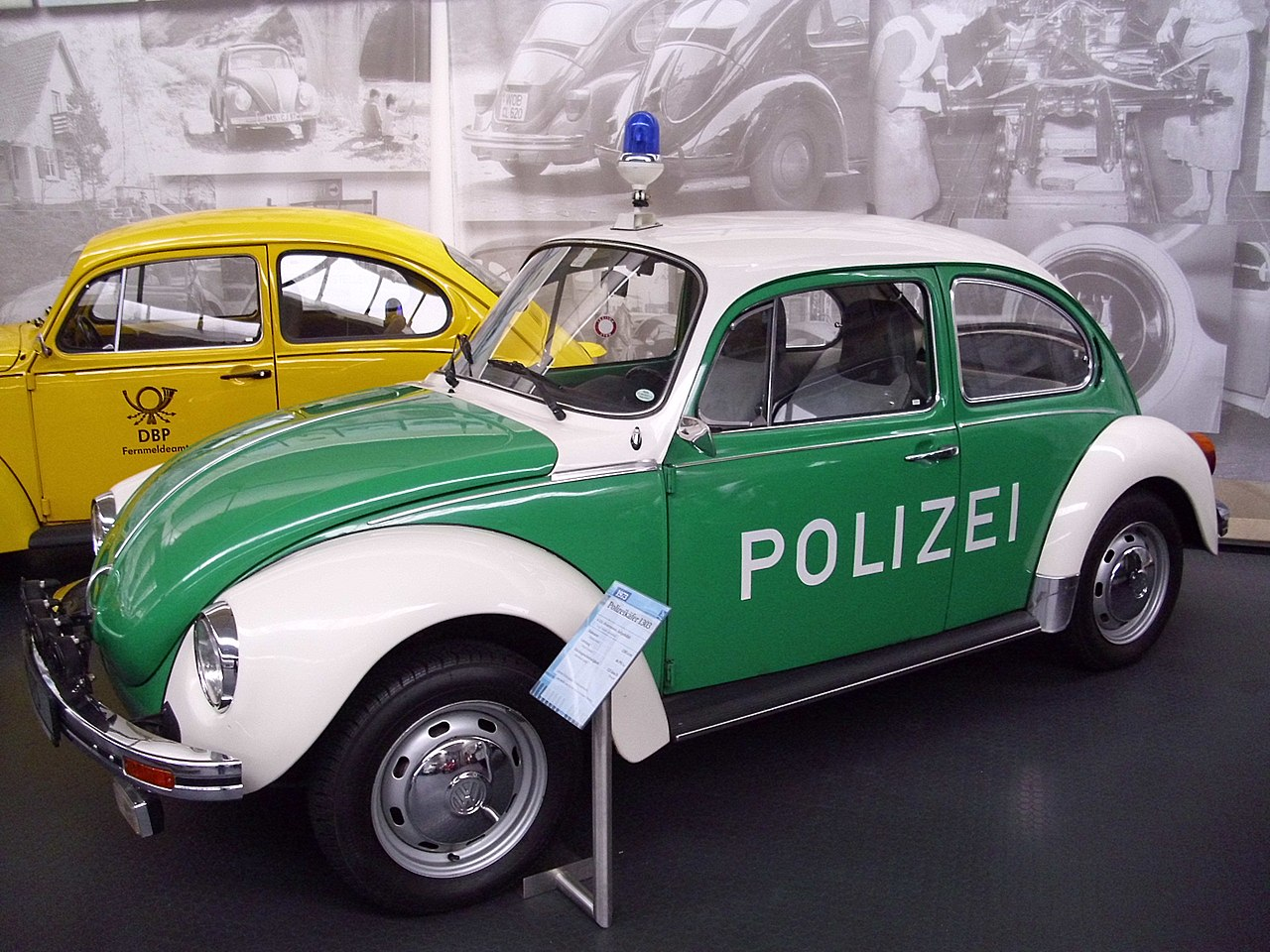 file vw kaefer 1303 polizei jpg wikimedia commons. Black Bedroom Furniture Sets. Home Design Ideas