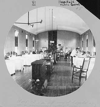 Queen Elizabeth II Health Sciences Centre - VG hospital ward, 1910 Notman Studio