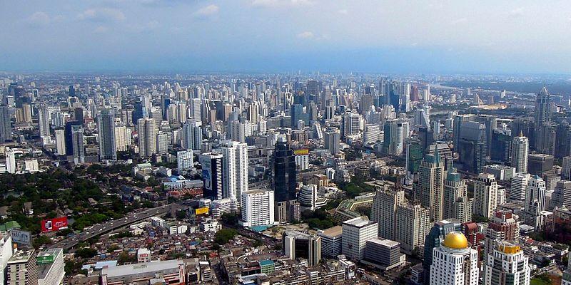 View from Baiyoke Sky Hotel, Bangkok (7053110333) cropped.jpg