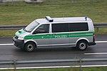 Volkswagen Transporter Polizei, Munich. (9296758461).jpg