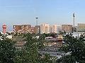 Vue du quartier Carré de Soie depuis le parking du centre commercial.jpg
