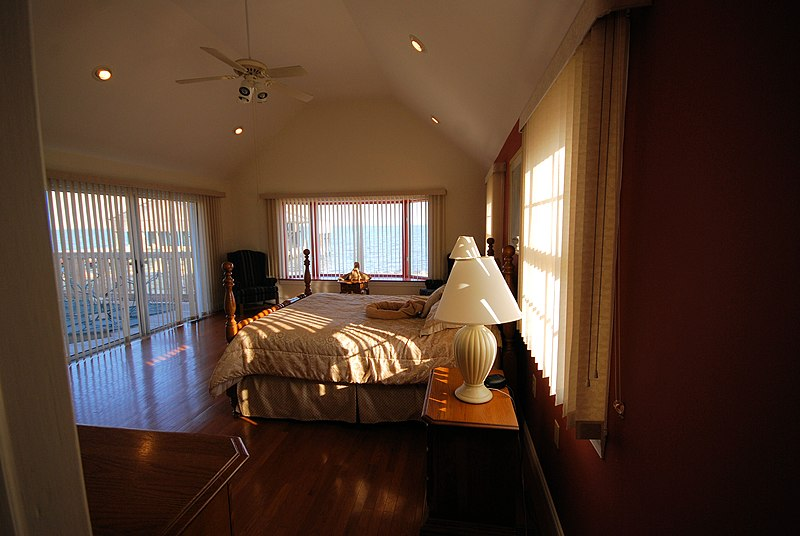 File:WE PRR Master Suite4 (8310448375).jpg