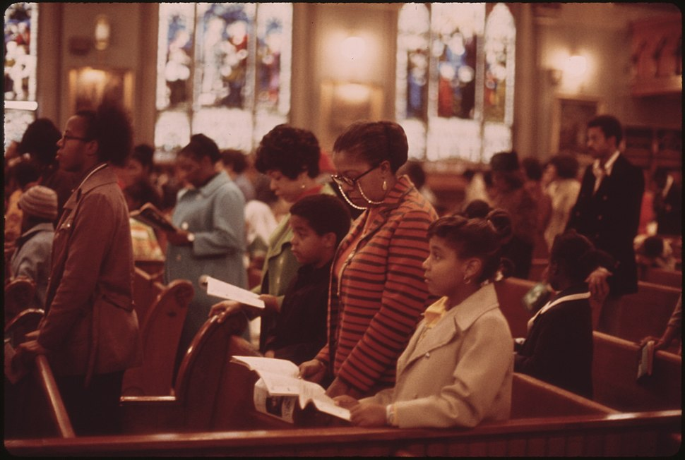 WORSHIPPERS AT HOLY ANGEL CATHOLIC CHURCH ON CHICAGO'S SOUTH SIDE. IT IS THE CITY'S LARGEST BLACK CATHOLIC CHURCH.... - NARA - 556238