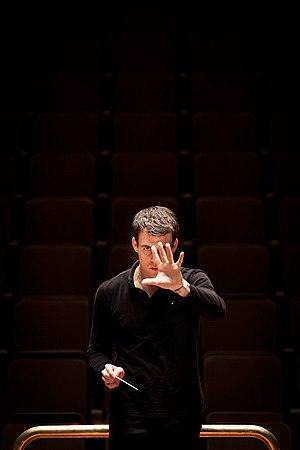 Ward Stare - Ward Stare conducts the London Philharmonic Orchestra in April 2012
