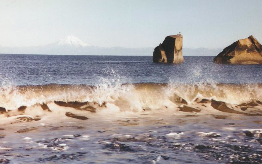 Waves on the rocky beach at Clam Gulch