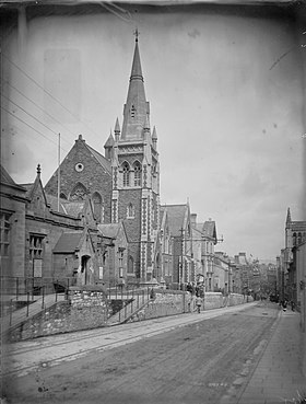 Wesleyan Church, Stow Hill, Newport (4641398).jpg