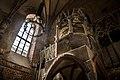 Widok na chór w zamkowym kościele Najświętszej Marii Panny.jpg