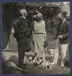 William Cavendish-Bentinck, 6th Duke of Portland - The Duke of Portland to the left with Rosamond Rose and an unknown man
