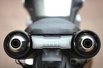 Yamaha MT-01 - Image: Yamaha MT 01 2006 model rear